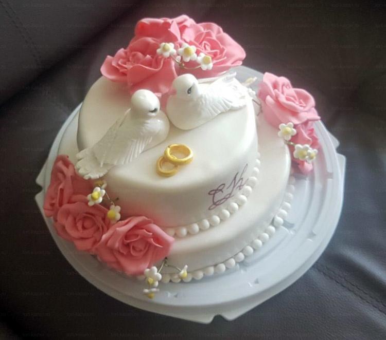 Отзыв о свадебном торте от tort-kazan.ru