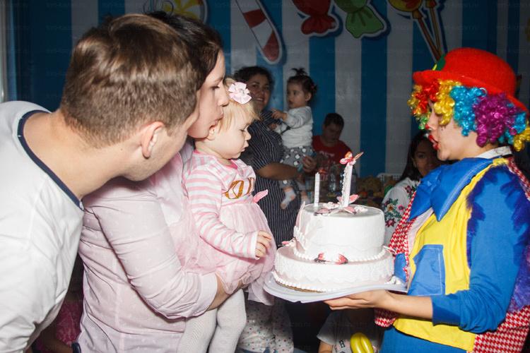 Отзыв о торте на год от tort-kazan.ru