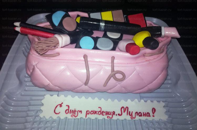 Отзыв о торте косметичке от tort-kazan.ru